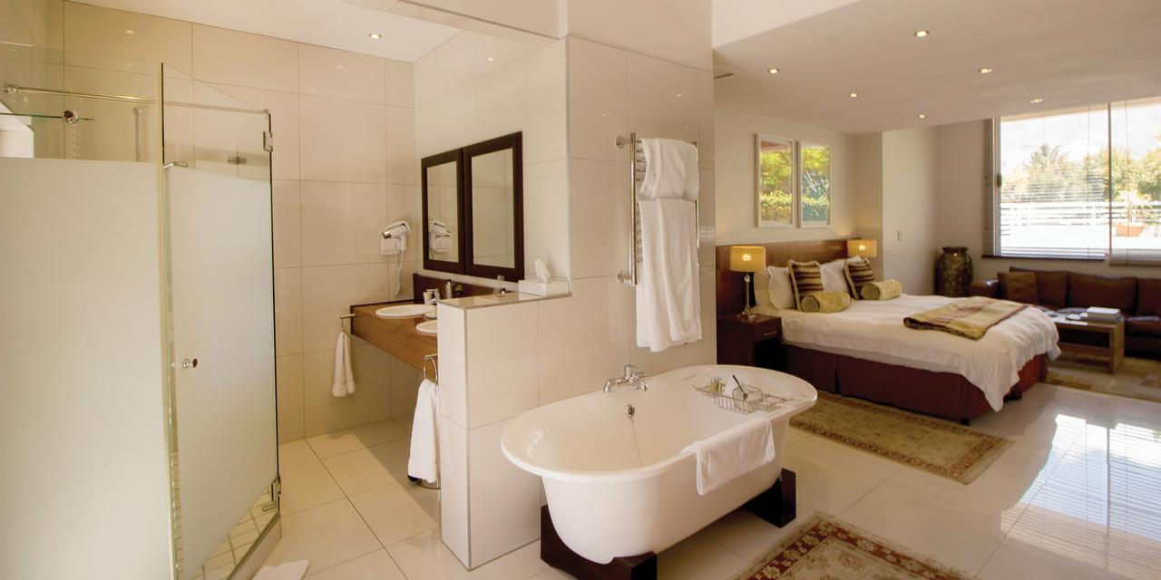 Camps-Bay-Retreat-1-1